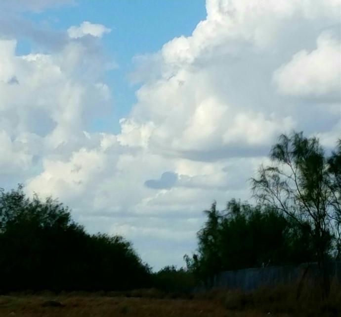 #myphotography  #nonedited  #freetoedit  #clouds  #cloudheart  #mysideoftheworld  #sky